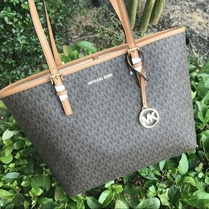 Michael Kors | Jet Set Travel Med Carryall Tote